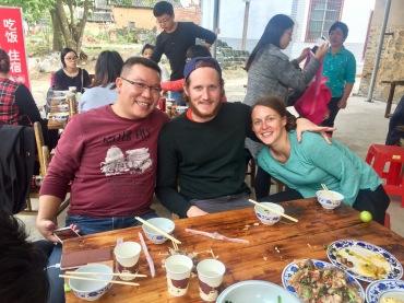 Le groupe de randonneurs qui nous a invité à partager le déjeuner avec eux, #amispourlavie